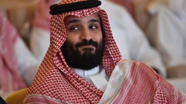 """""""بن سلمان"""" يدشن حملة للاستيلاء على ممتلكات أبناء عمه في الغرب"""
