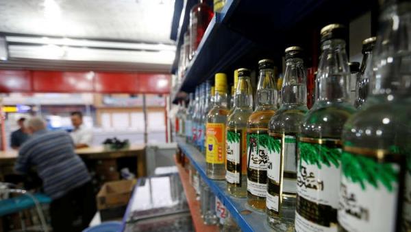 السودان يسمح ببيع المشروبات الكحولية ويحظر ختان الإناث