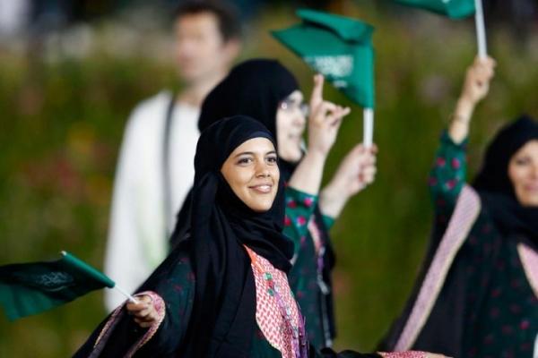 لم تعد جريمة بعد الآن .. من حق المرأة السعودية السكن في منزل مستقل!!