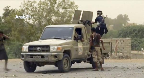 الحكومة ترحب بدعوة المبعوث الأممي لالتزام بوقف إطلاق النار في الحديدة
