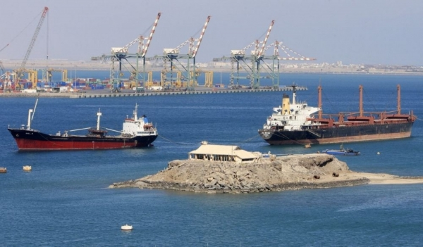 الحوثيون: سفن نفطية تغادر إلى خارج اليمن بعد منع وصولها إلى الحديدة