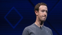 بعد فضيحة «كامبريدج أناليتيكا».. مؤسس «فيسبوك» يعتذر للبريطانيين