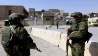 «نيوزويك»: السعودية بدأت في إقامة نقاط تفتيش بسوريا