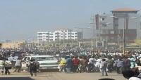 شرطة السودان تطلق الغاز المسيل للدموع على متظاهرين في ثالث يوم من الاحتجاجات