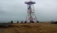 """السعودية تنتهك سواحل المهرة بإنشاء برج مراقبة عسكري في شاطئ """"سيحوت"""" (صورة)"""