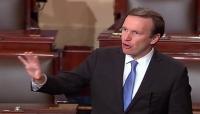 سناتور أمريكي : نحن نبيع القنابل للسعودية وهي تلقيها على المدنيين في اليمن