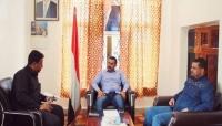 محافظ سقطرى يناقش عدد من المواضيع الصحية مع مدير مكتب الصحة