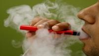 احذروا التدخين الإلكتروني فهو يزيد خطر أمراض الرئة بمقدار الثلث