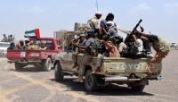 تحركات إماراتية جديدة في سقطرى.. شراء ولاءات وصناعة شيوخ مزورين وشحنات أسلحة