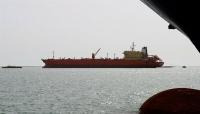 الحوثيون : التحالف يواصل احتجاز 15 سفينة نفطية