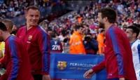 برشلونة يمدد عقود أربعة من نجومه
