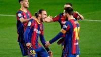نجوم برشلونة يرفضون مقترح إدارتهم التوقيع مع ميسي