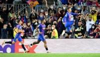 برشلونة يحقق فوزه الأول في دوري الأبطال